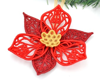 """Christmas pendant """"Christmas star"""" embroidered lace in bright red / Advent decoration / Christmas room decoration"""