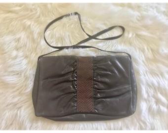 32ea2d0bbc81 Brown Vintl Faux Snake Skin Vintage Shoulder Bag