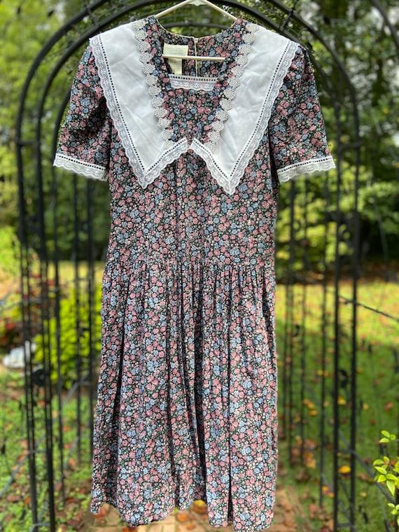 Gunne Sax by Jessica McClintock Dress