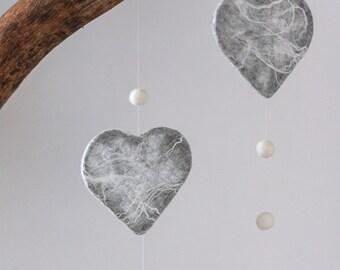 Window decoration heart made of felt, mobile, wall decoration, room decoration, handmade with felt beads