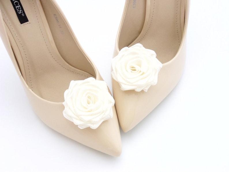 80999d55ecad Offwhite ROSE BRIDAL Wedding Shoe Clips Judaeve