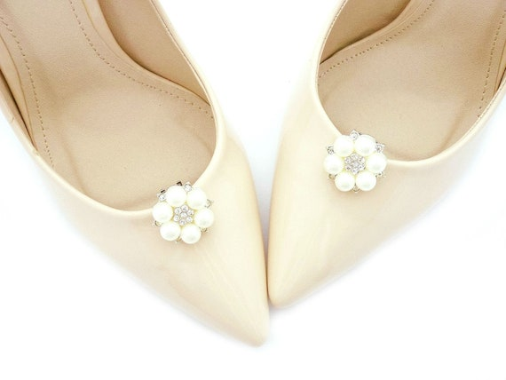 ivory pearls shoe clips wedding pearl shoe decorations silver rhinestones jewelry shoe clips cream pearls shoes clips bridal shoe Judaeve