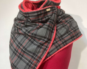 Button scarf, wrap scarf