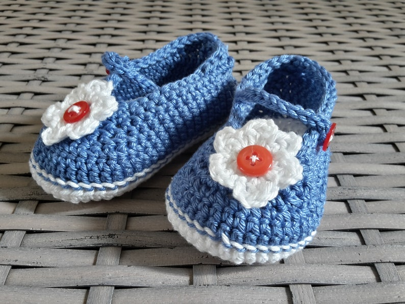 Crocheted baby ballerinas-color Choice-about 5-6 Months image 0