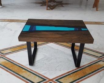 Tavoli In Resina Epossidica E Legno.Tavolo In Resina E Legno Fai Da Te Come Costruire Tavoli E Tavolini