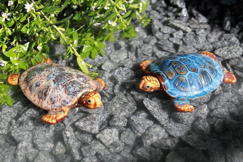 Schildkröte in versch 2er Set Teichdeko aus Keramik Frosch rot Farben