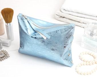 "Cosmetic bag ""Light blue metallic"""