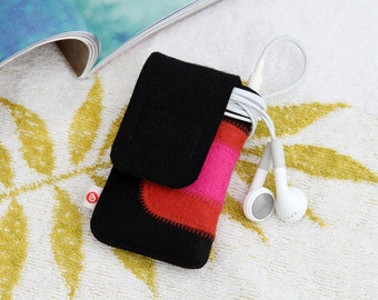 """mp3 Player Bag """"Black Rust Red Pink"""""""