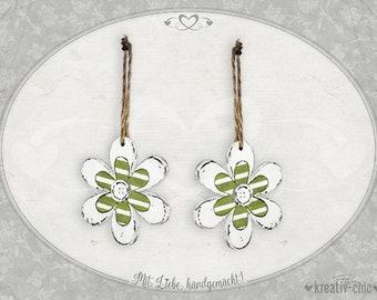 """Pendant """"Flowers"""" (set of 2) / wooden flowers shabby / decoration pendant flowers / spring decoration wood"""