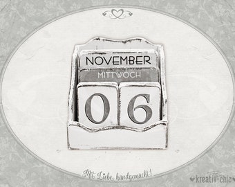 """Perpetual Calendar """"Shabby-Chic"""" / Wood / Permanent Calendar / Wooden Calendar with Days of the Week / Vintage / Shabby Chic"""