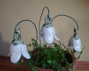 3 sounding ceramic bells snowdrops, 7 cm white, pottery, as a birthday present, Mother's Day gift, garden ceramics, flower