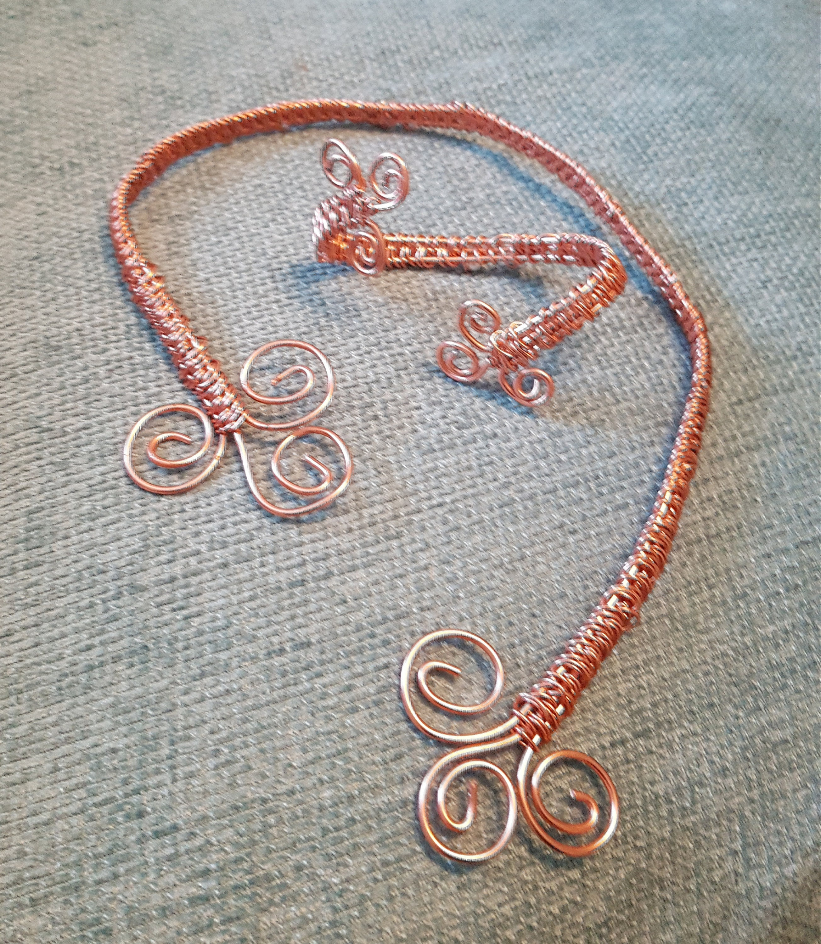 Real Copper Wire Twist Torque Style Neclace and Hand/Wrist Cuff.