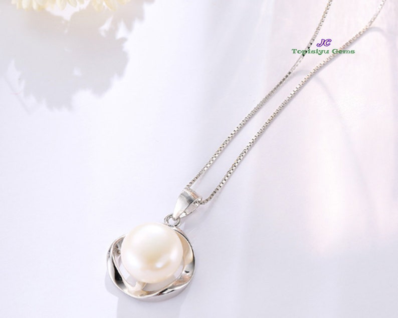 Sterling Silver White Freshwater Pearl Pendant Necklace Dainty Necklace With Velvet Pouch