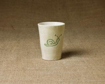 Keramik Becher — handgetöpfert & charmant