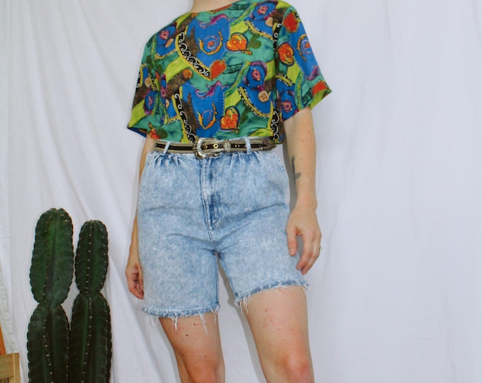 Vintage 80s | Acid Wash Denim Shorts