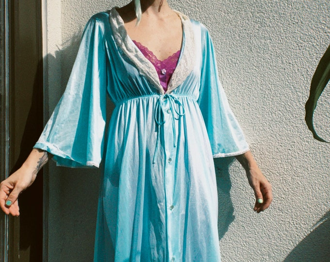 Vintage baby blue peignoir