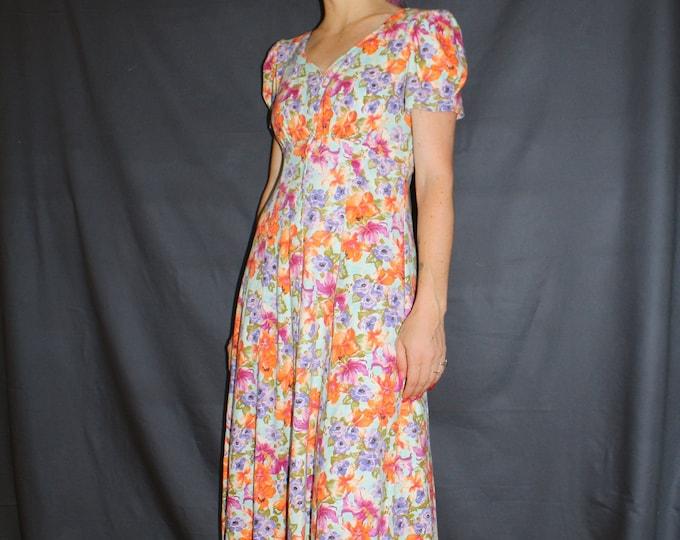 Vintage 90s | Floral Print Button Up Dress