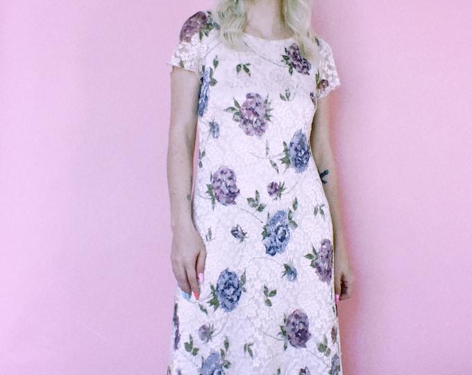 Vintage 90s | Lace Floral Midi Dress