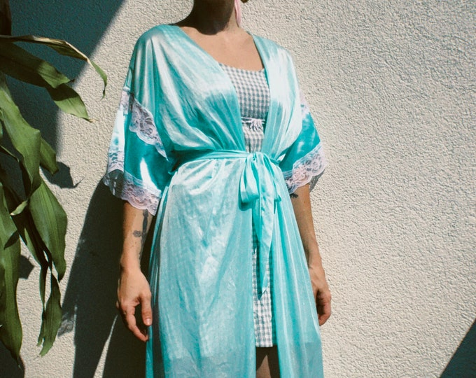 Vintage 70s | Mint Nylon/Lace Robe
