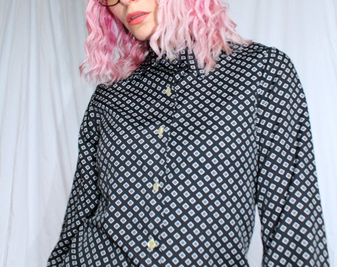 Vintage 70s | Black and White Printed Blouse