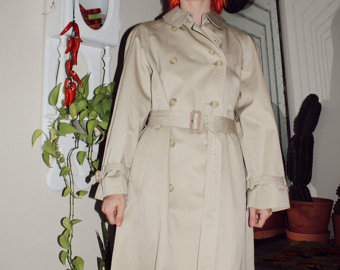 Tan Trench