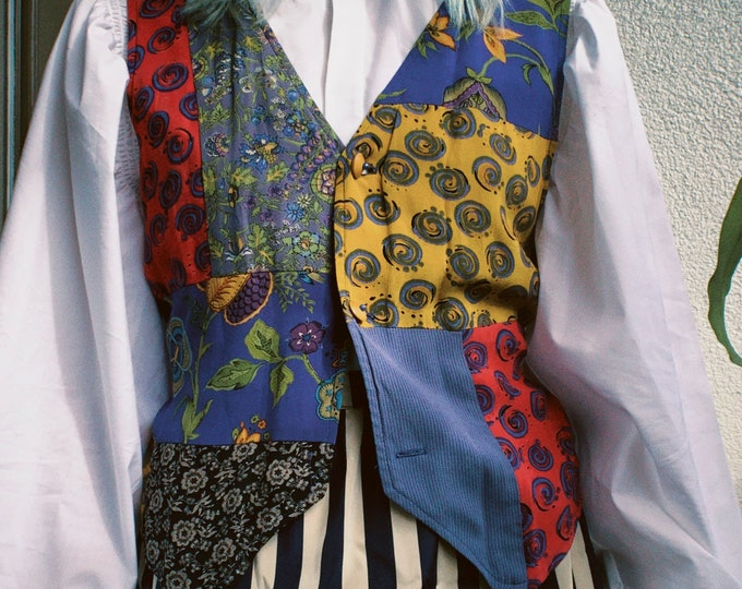 Vintage 90s | Patchwork Print Vest