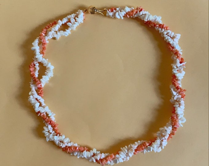 Vintage Twisted Beaded Necklace with toggle closure