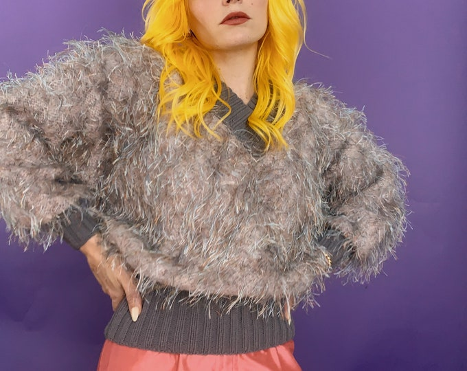 Vintage 80s | Hand Knitted Fuzzy Lavender/Lilac Sweater