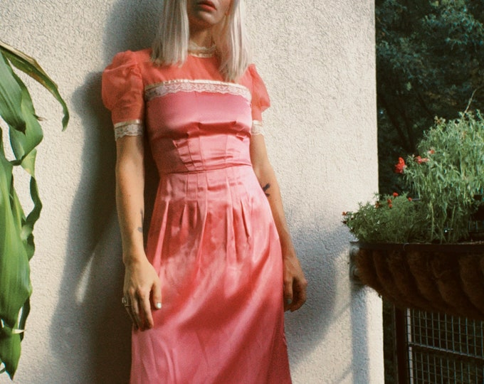 Vintage 60s   Pink Satin Maxi Dress