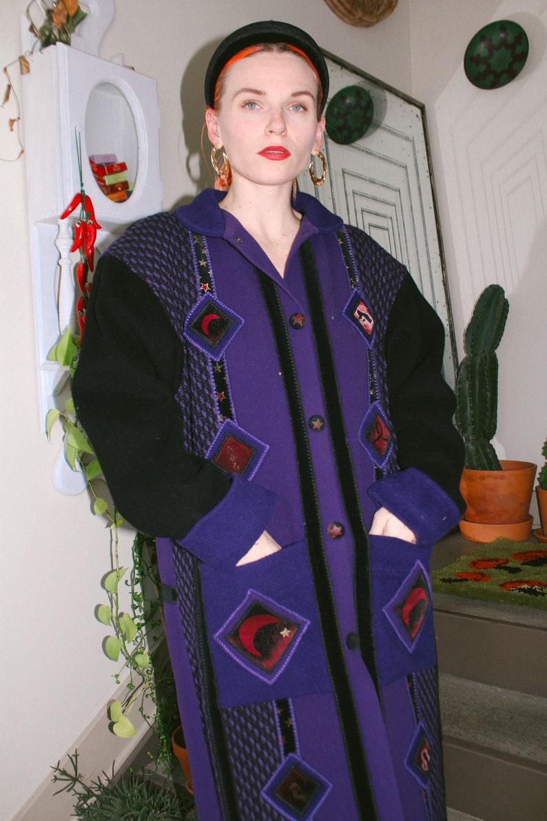 Celestial VioletBlack Coat