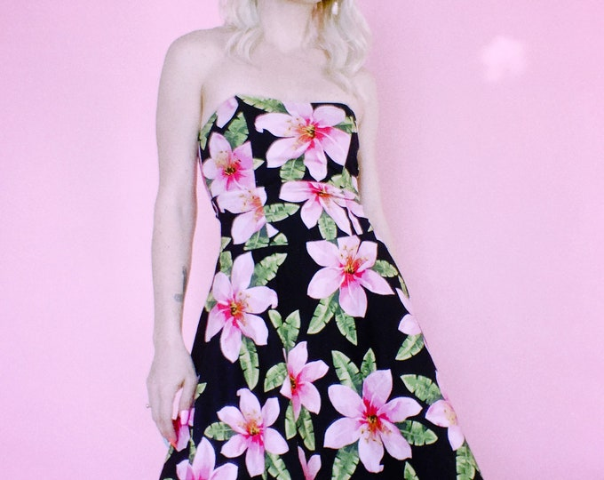 Vintage 90s | Lily Strapless Dress w/ Tulle