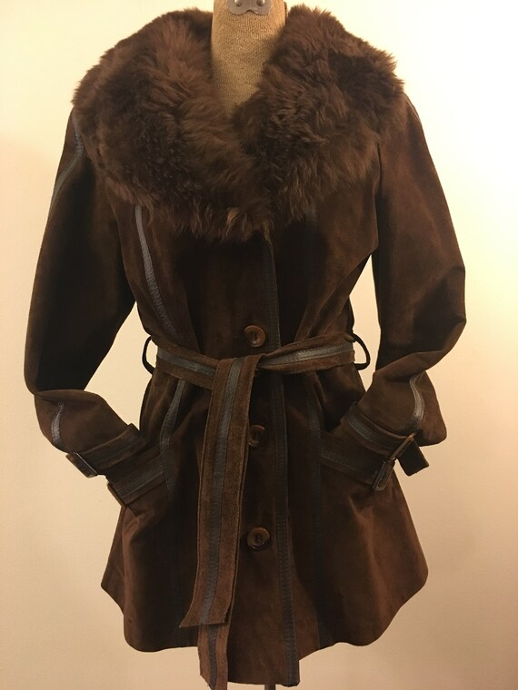 Awesome 70's suede and shearling belted short tren