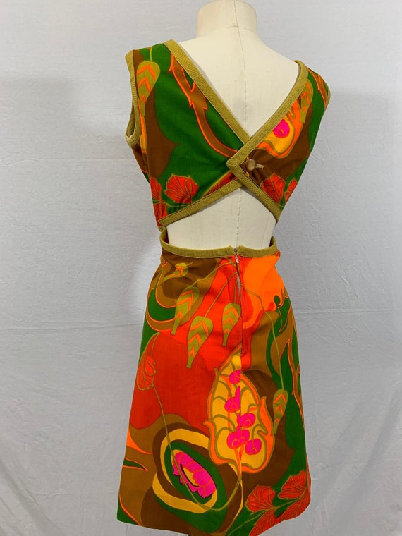 Bareback 60's mod sun dress