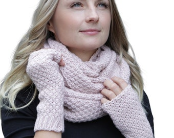 76b72c5f8b2b21 HILLTOP-Winter Kombi set of scarf and optional gloves or hand warmer,  2-tlg., versch. Colors (Winterset color offset composition: Light pink with  hand ...