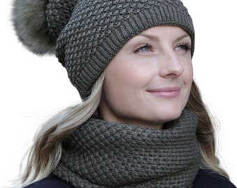 3281b8ead862dc HILLTOP – winter set of scarf and double bearing cap (winter set: Green)