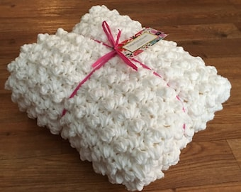 Extra Thick Puff Stitch Baby Blanket Crochet Pattern