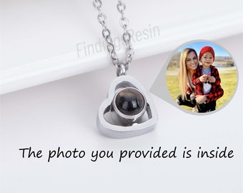 Custom Projection photo necklace,Custom Pet Photo Necklace,100 Languages,Love Necklace for Mother' s Day,Valentine's Gift,Jewelry Gift