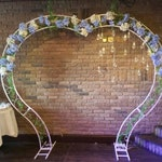 Wedding arch Heart, Heart shaped wedding arch, White metal wedding arch Heart form, Wedding decor, Wedding backdrop, Ceremony floral arch