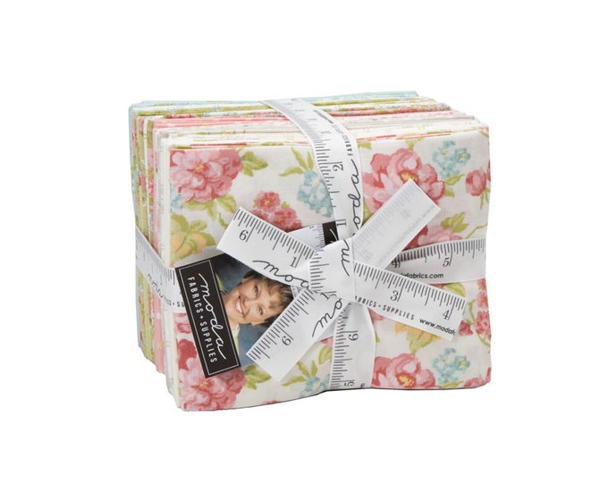Bramble Cottage Fat Quarter Bundle by Brenda Riddle for Moda