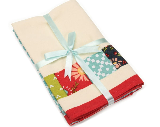 Walkabout Tea Towels (Set of 2) by Moda