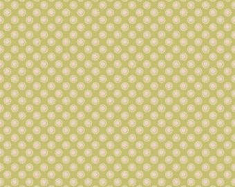 Linen and Lawn Green Circle by Sue Daley