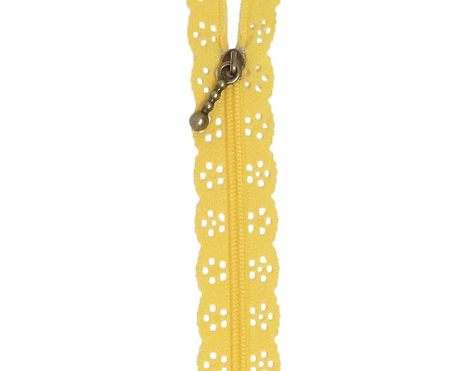 Kimberbell Lace Zipper - Canary