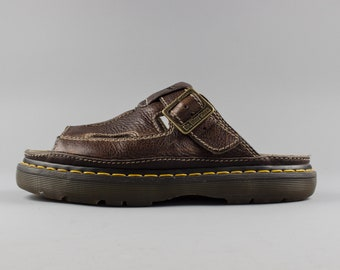 f47aacd31bee Vintage Doc Martens Sandals
