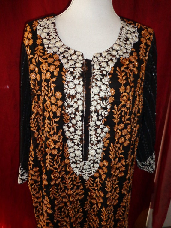 Dress*black*brown*embroidery*embroidery*embroieder