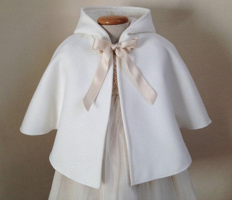 Mantella da battesimo giacca capottino bianco caldo inverno  c58e9ae058cd