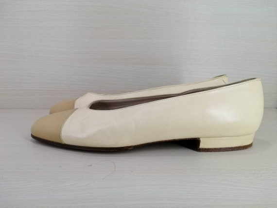 Vintage chanel flat ballet leather heels pump wedg