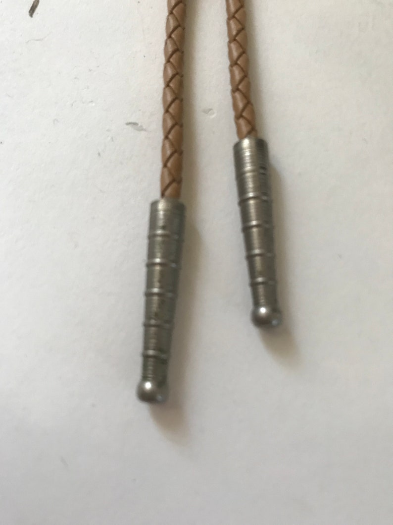 Amazing Vintage Rattlesnake Fangs and Rattle Bolo Tie!