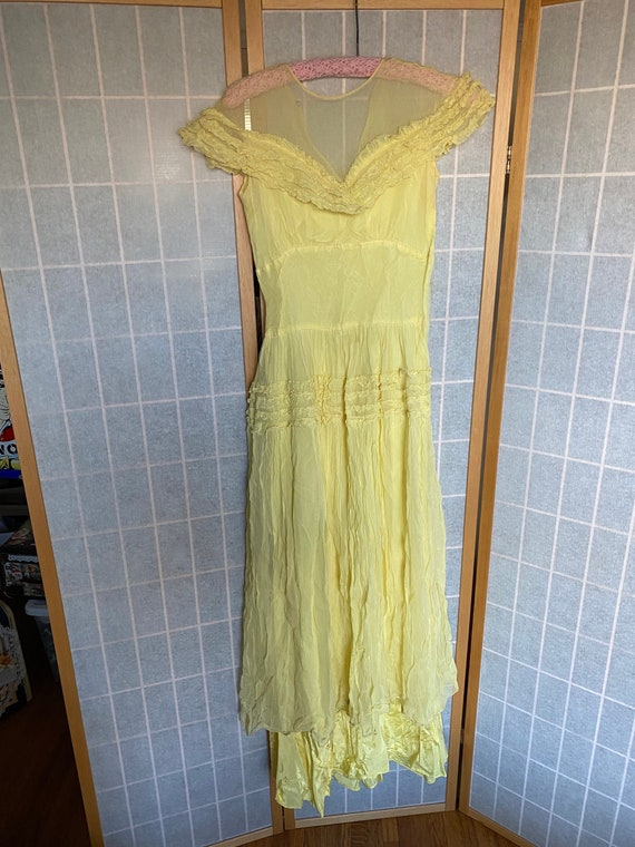 Vintage Antique 1910's 1920's 1930's Yellow Sheer