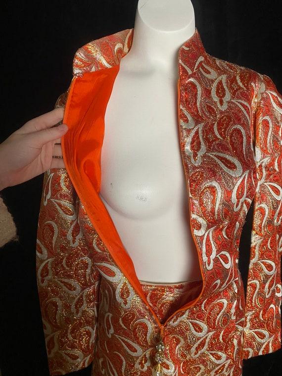 Vintage 1960's orange and gold metallic brocade C… - image 7