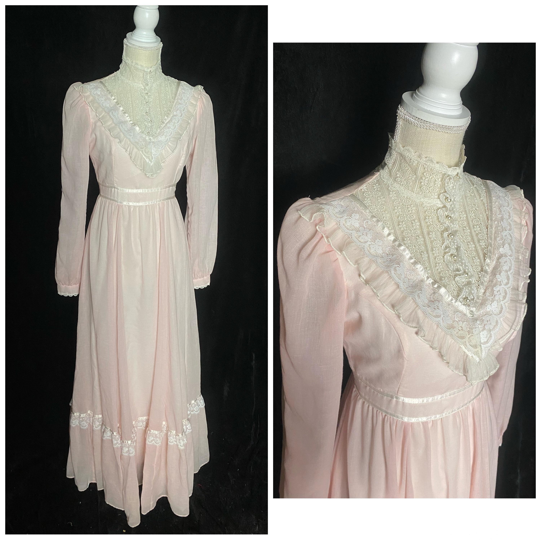 80s Dresses | Casual to Party Dresses Vintage 1980s Pale Pink  White Gunne Sax Prairie Dress, Romantic Renaissance Bridal Collection, Size Small Medium $335.00 AT vintagedancer.com